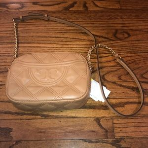 NWT Tory Burch Fleming Soft quilted camera bag
